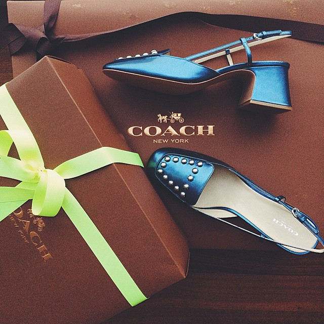 Special delivery! Super in love with the new #coachspring15! @coach #comingsoon to natalieoffduty.com