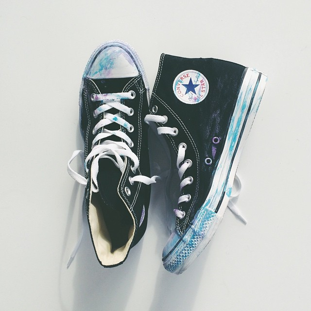 Adding watercolor to my every step. @converse #chucktaylors