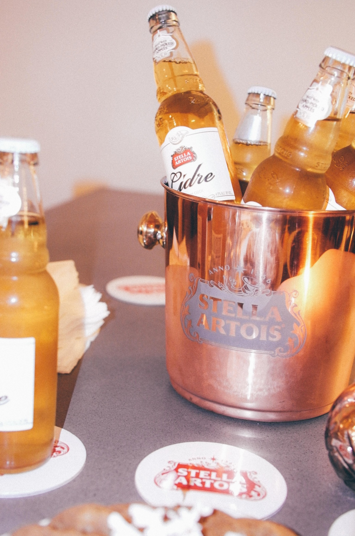 new-stella-artois-holiday-party-1